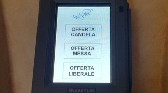 Al Duomo di Torino arriva l'offerta con il Pos: si farà l'elemosina con la carta di credito