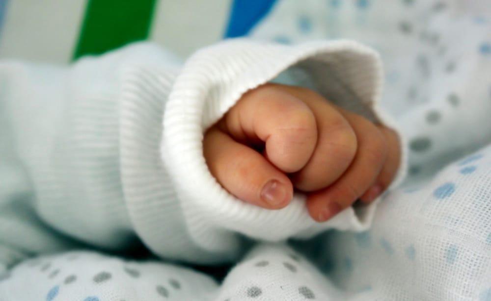 Il Comune di Torino apre un conto corrente per Giovannino, il bambino malato abbandonato al Sant'Anna