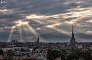 Previsioni meteo a Torino, oggi giornata di forte pioggia: il sole torna nel weekend