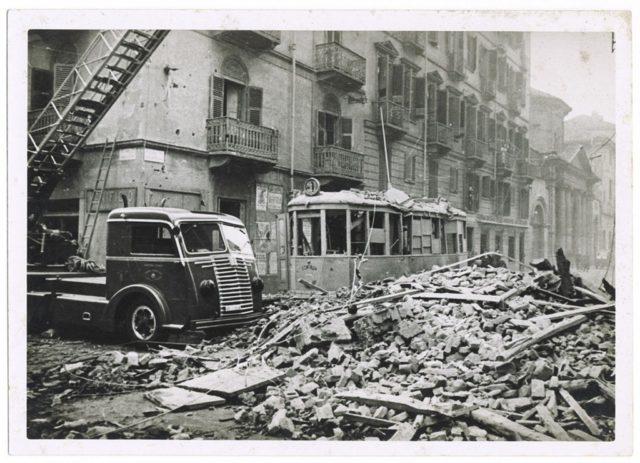 Altre bombe sotto terra a Torino: metal detector per individuarle tra scavi e cantieri