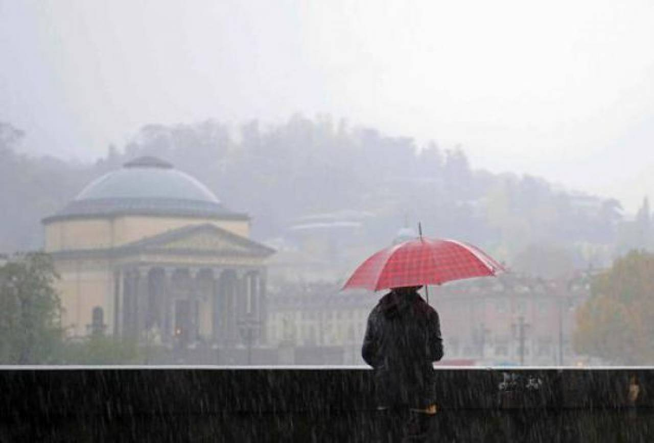 Meteo, a Torino settimana di pioggia: nel weekend tornerà il sole