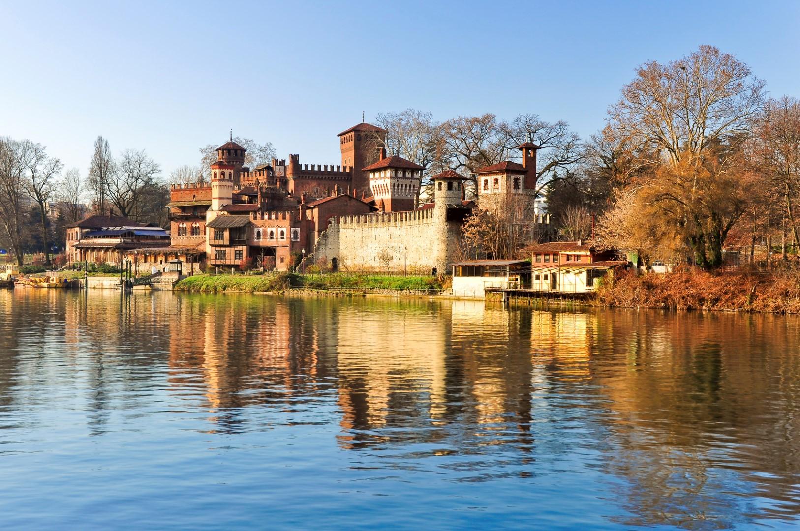 Photo of Il Borgo Medievale di Torino diventa set di una fiction inglese sulle streghe