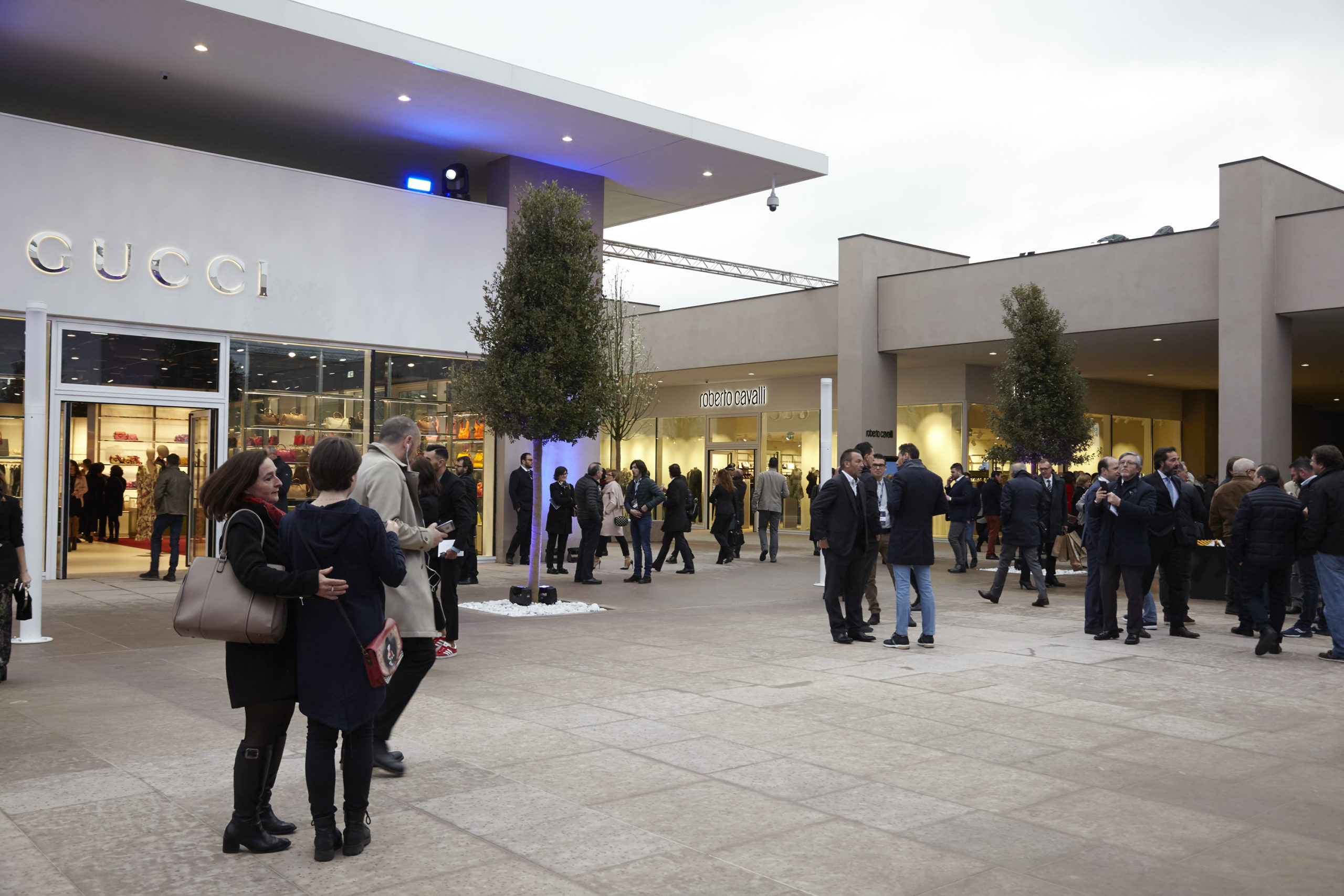 Outlet a Torino e in Piemonte: i 4 shopping village da non