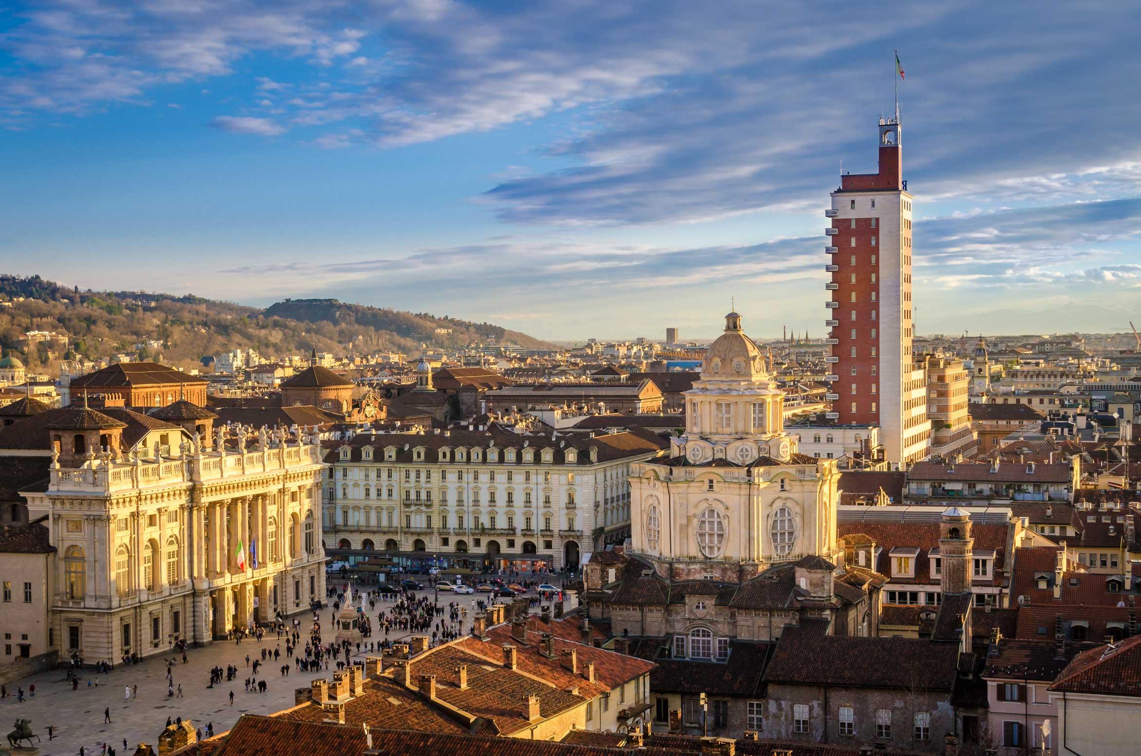 Photo of Boom di turisti a Torino per Natale e Capodanno