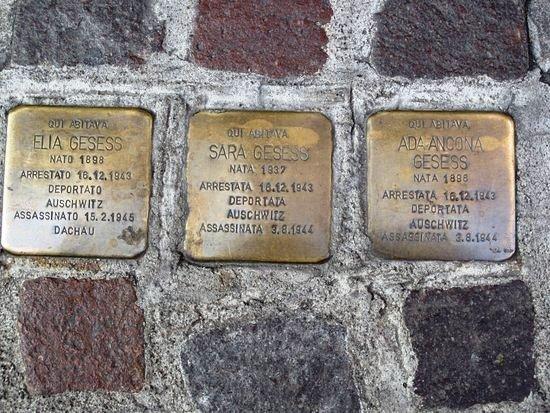 """Photo of Aumentano le pietre d'inciampo a Torino: il 14 gennaio saranno posate altre sei """"Stolpersteine"""""""