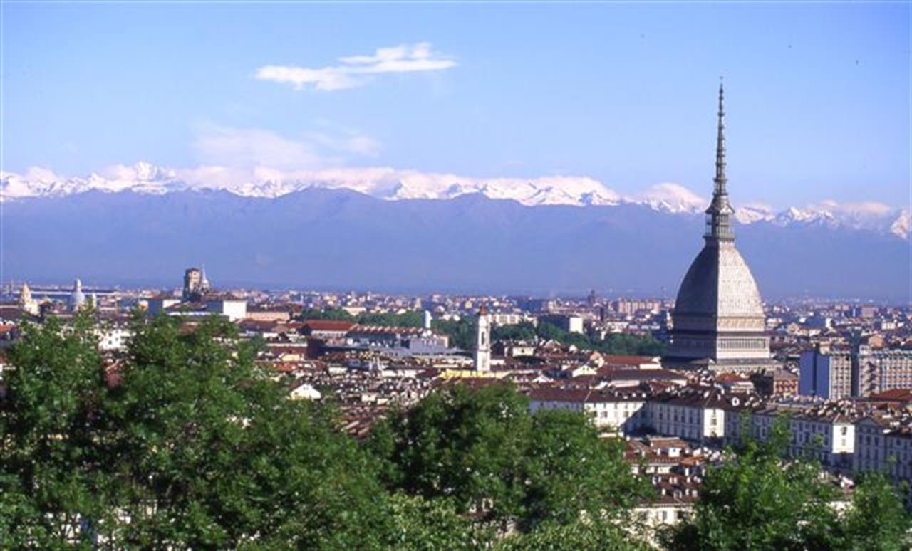 Photo of Meteo a Torino, arriva l'estate: sole e temperature fino a 20 gradi