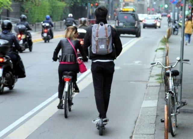 Torino Monopattino Elettrico e Bici