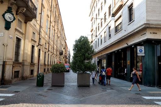 """Photo of In via Lagrange un nuovo spazio del """"lusso accessibile"""", vanno via Rao e Carpisa"""