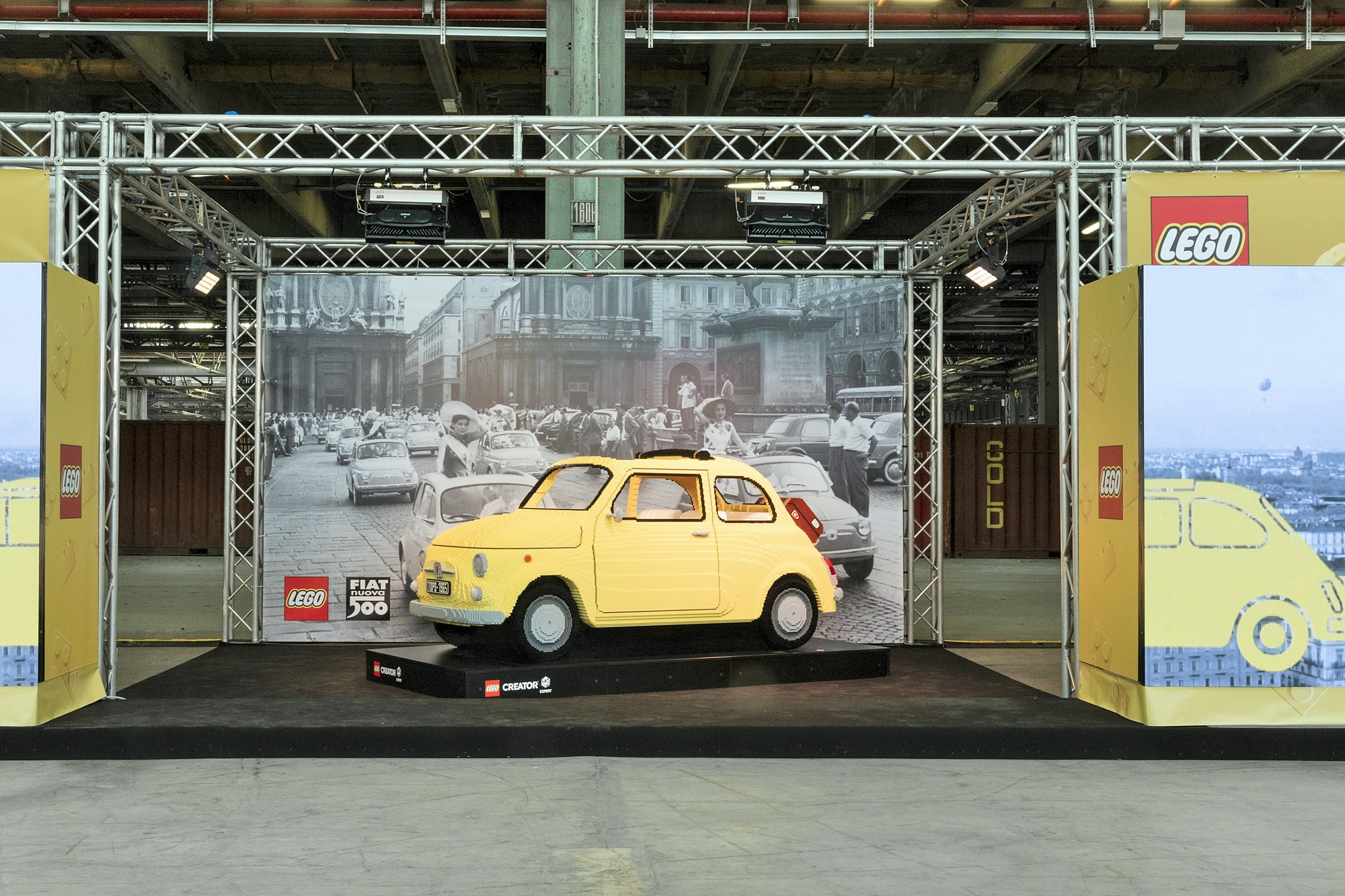 Photo of A bordo di una Fiat 500 fatta di LEGO, l'evento gratuito al Motorvillage di Torino