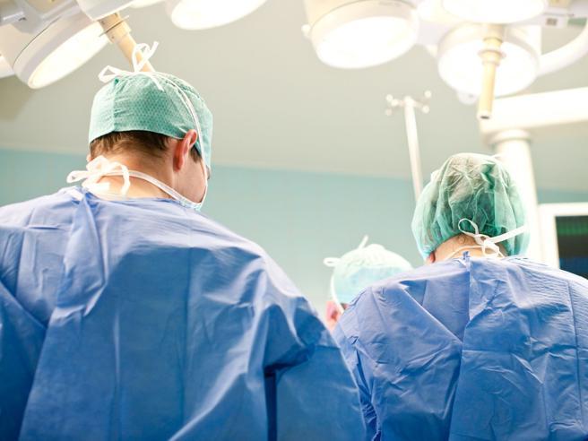 equipe chirurgica