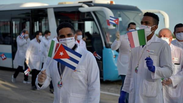 medici cubani arrivano in Italia