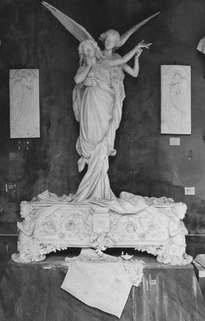 Tomba cimitero Monumentale di Torino di Giuseppina Garbiglietti