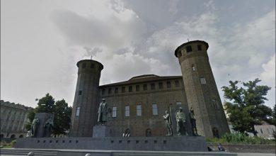 Photo of Piazza Castello: chi sono i soldati al fianco di Emanuele Filiberto Duca d'Aosta