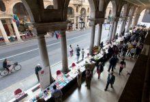 Photo of Il Salone del Libro slitta in autunno, ma a maggio torna Portici di Carta a Torino