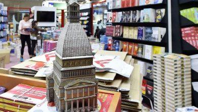 Photo of Record di vendite al Salone del Libro di Torino: attesa oggi per Michel Houellebecq